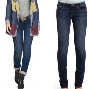CAbi Blue Moon Indie Straight Leg Jeans Style 514